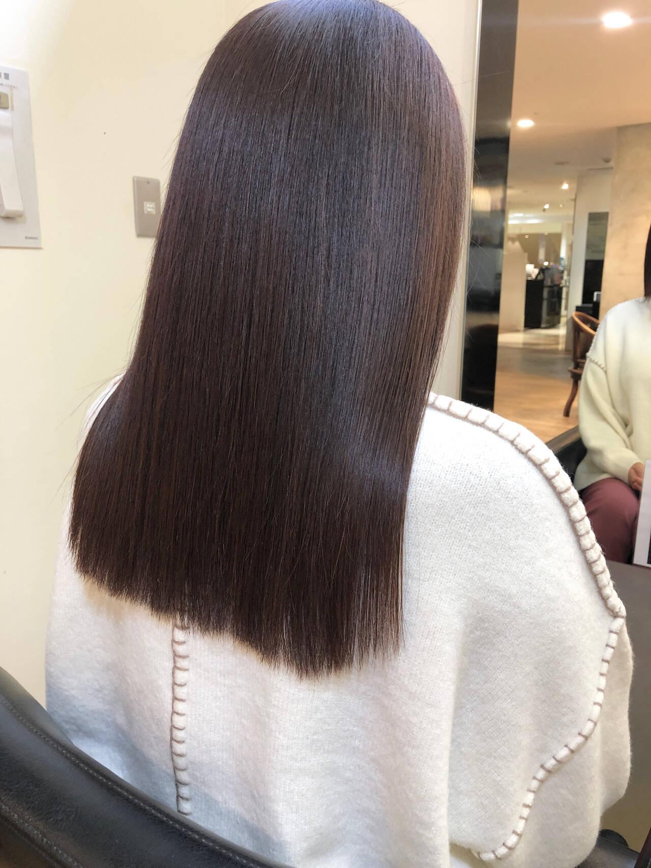 セミロング 髪質改善トリートメント ナチュラル 大人ロングヘアスタイルや髪型の写真・画像