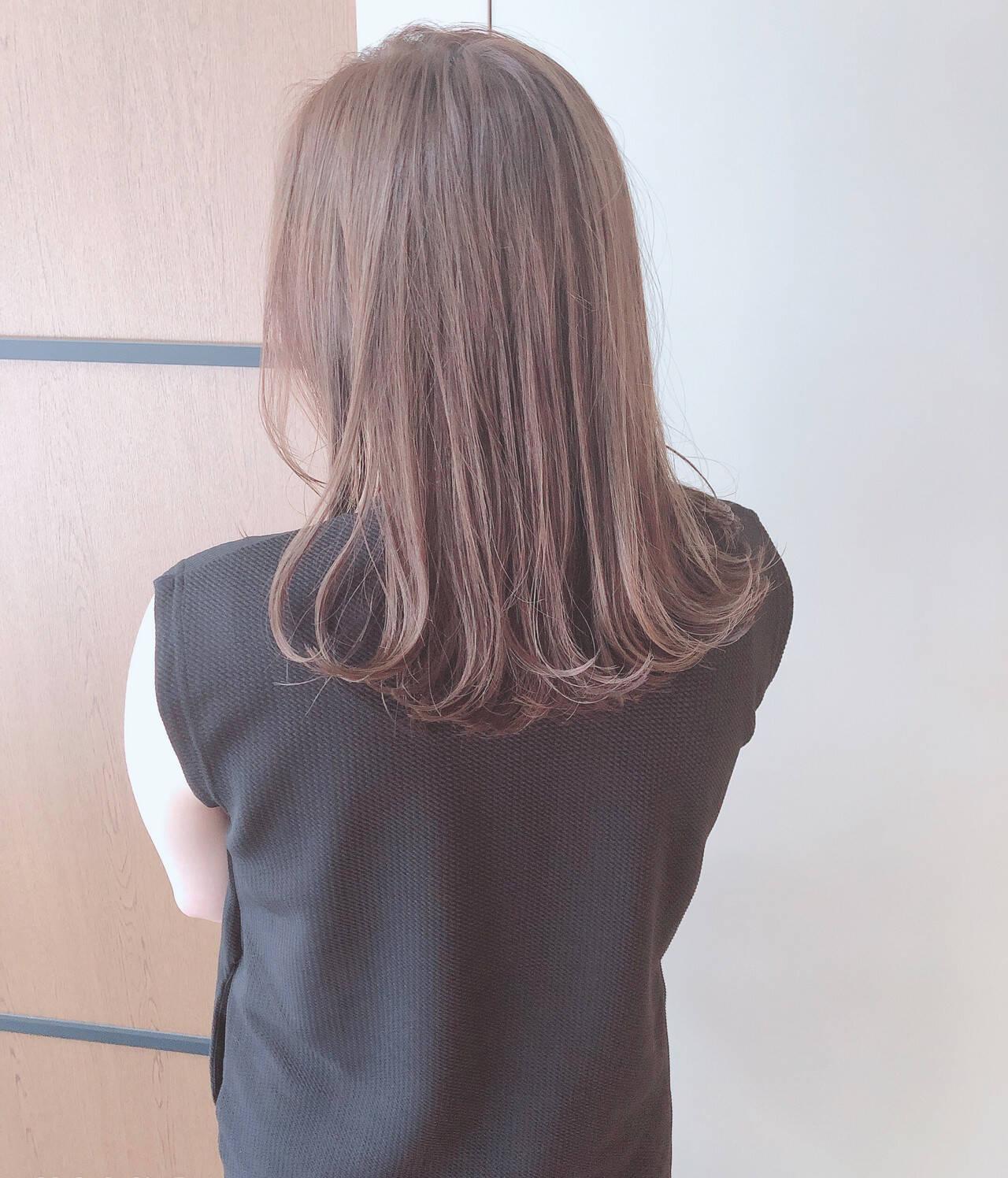 ガーリー かわいい ヘアアレンジ セミロングヘアスタイルや髪型の写真・画像
