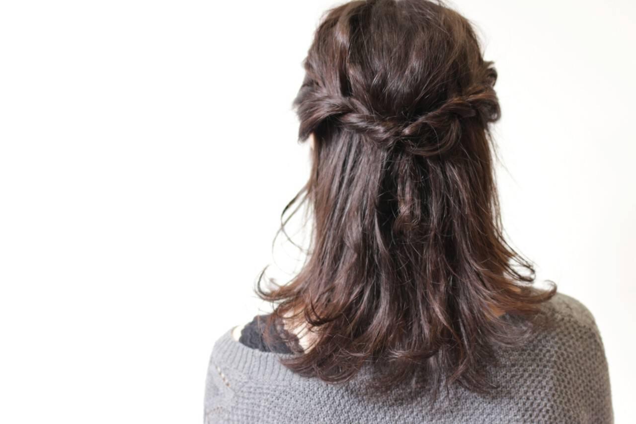 デート 簡単ヘアアレンジ ミディアム 編み込みヘアスタイルや髪型の写真・画像