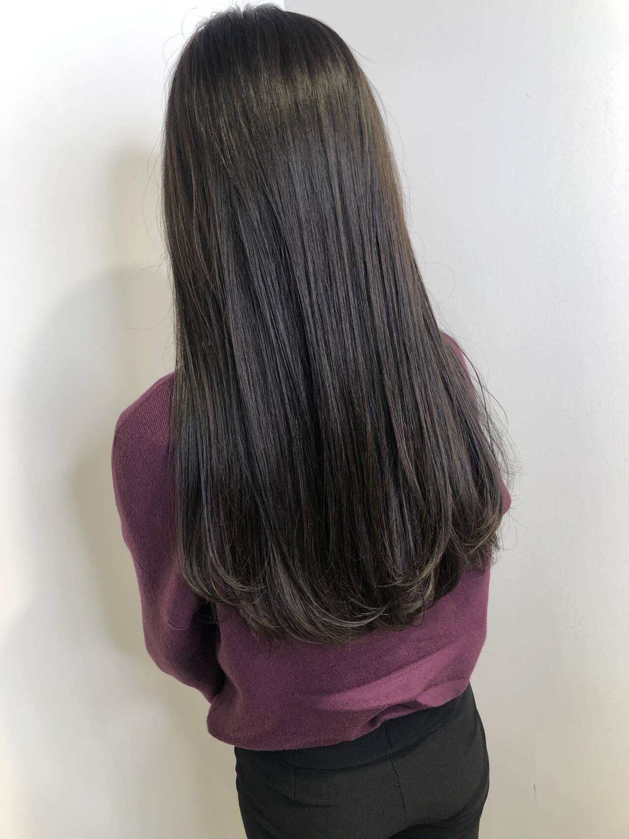 ブリーチなし 暗髪女子 ダークアッシュ ダークカラーヘアスタイルや髪型の写真・画像