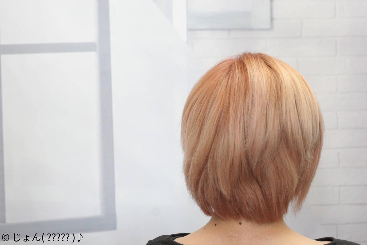 フェミニン ミディアムヘアスタイルや髪型の写真・画像