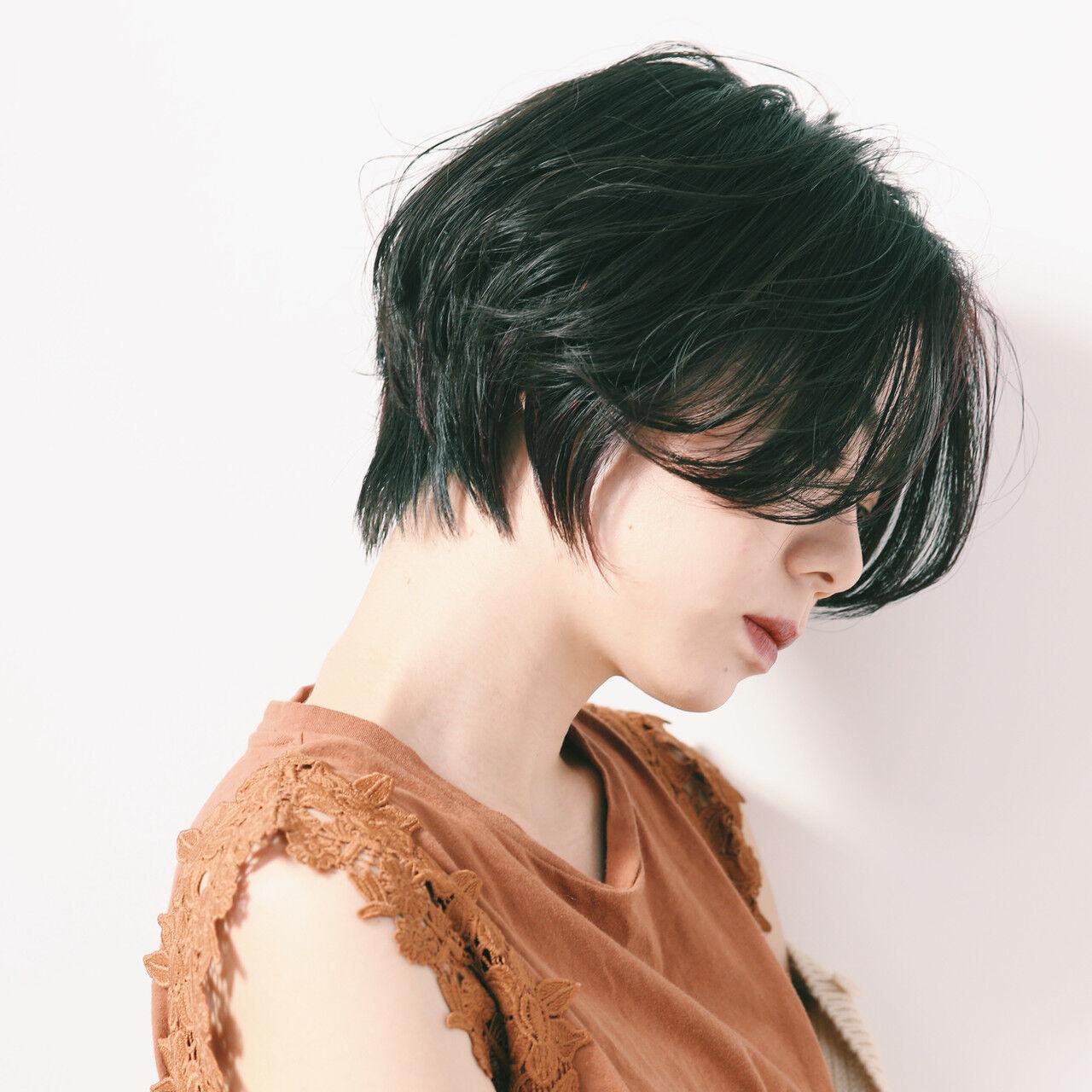 ショートボブ ショートヘア ナチュラル ショートヘアスタイルや髪型の写真・画像