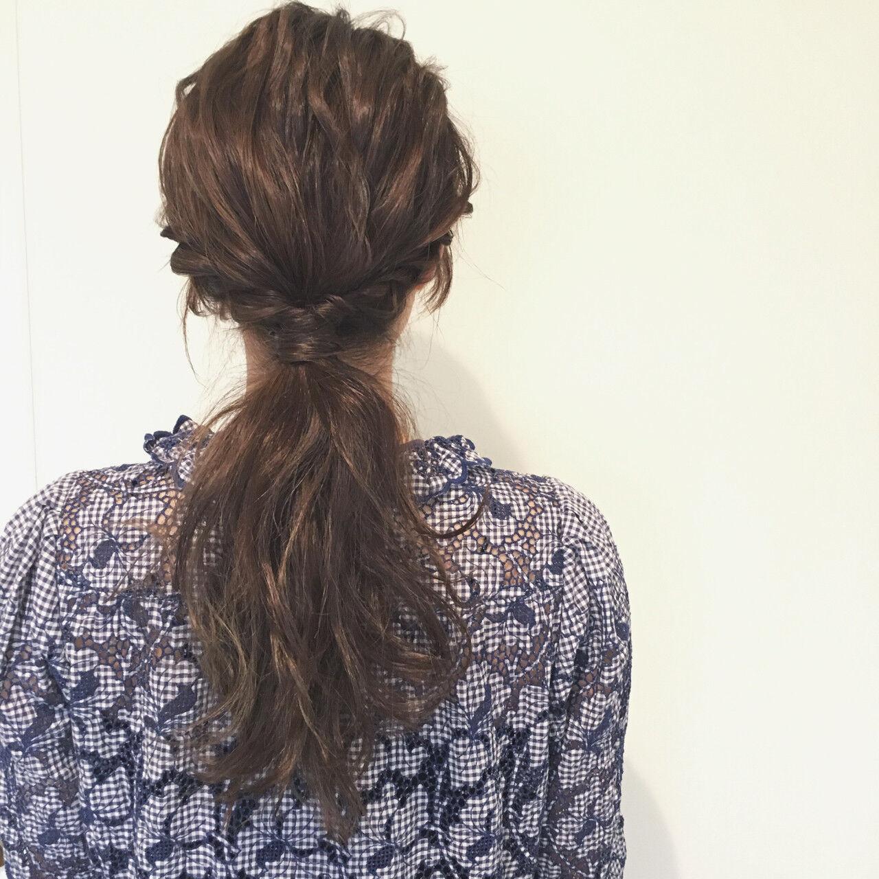 ブラウン ヘアアレンジ ゆるふわ 波ウェーブヘアスタイルや髪型の写真・画像