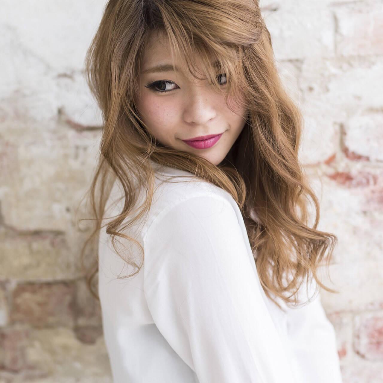 かわいい ゆるふわ セミロング 色気ヘアスタイルや髪型の写真・画像