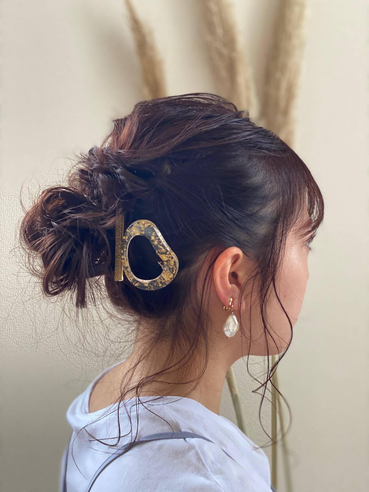 アンニュイほつれヘア ガーリー ミディアムレイヤー インナーカラーヘアスタイルや髪型の写真・画像