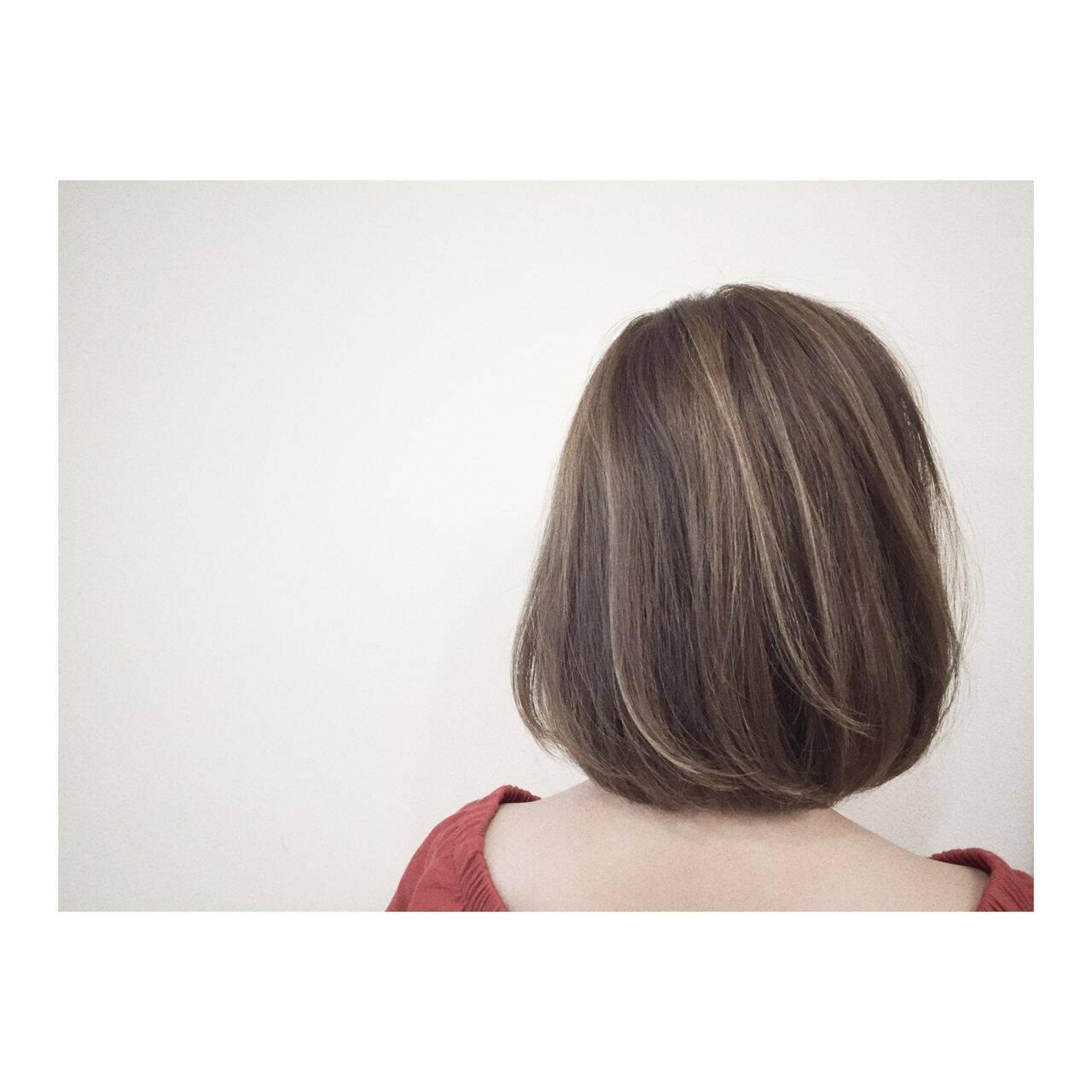 ミディアム マルサラ 大人かわいい ウェットヘアヘアスタイルや髪型の写真・画像