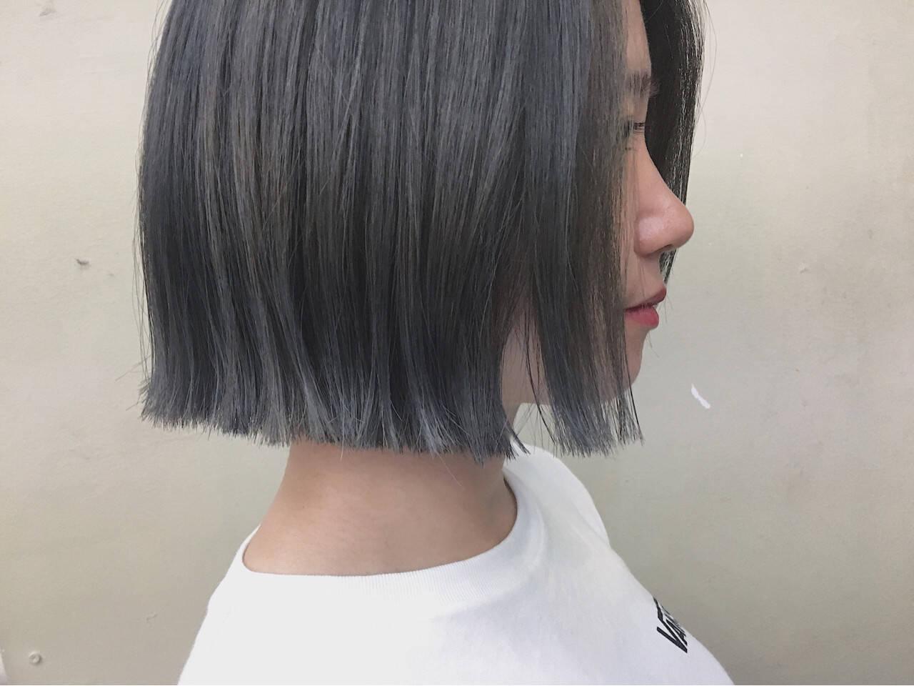 切りっぱなし グレージュ 秋 前髪なしヘアスタイルや髪型の写真・画像