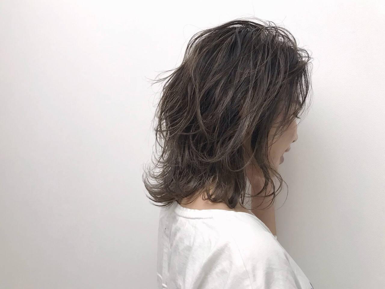 イルミナカラー おしゃれさんと繋がりたい エレガント アッシュグレージュヘアスタイルや髪型の写真・画像