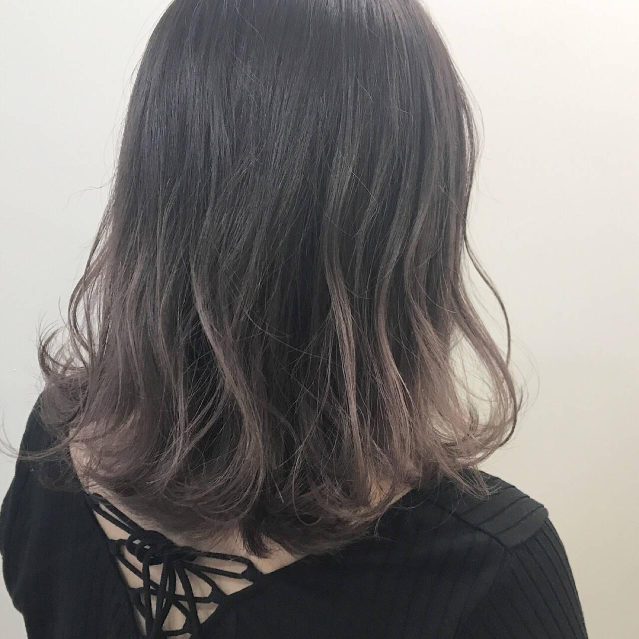 ハイライト 外国人風 グラデーションカラー パープルヘアスタイルや髪型の写真・画像
