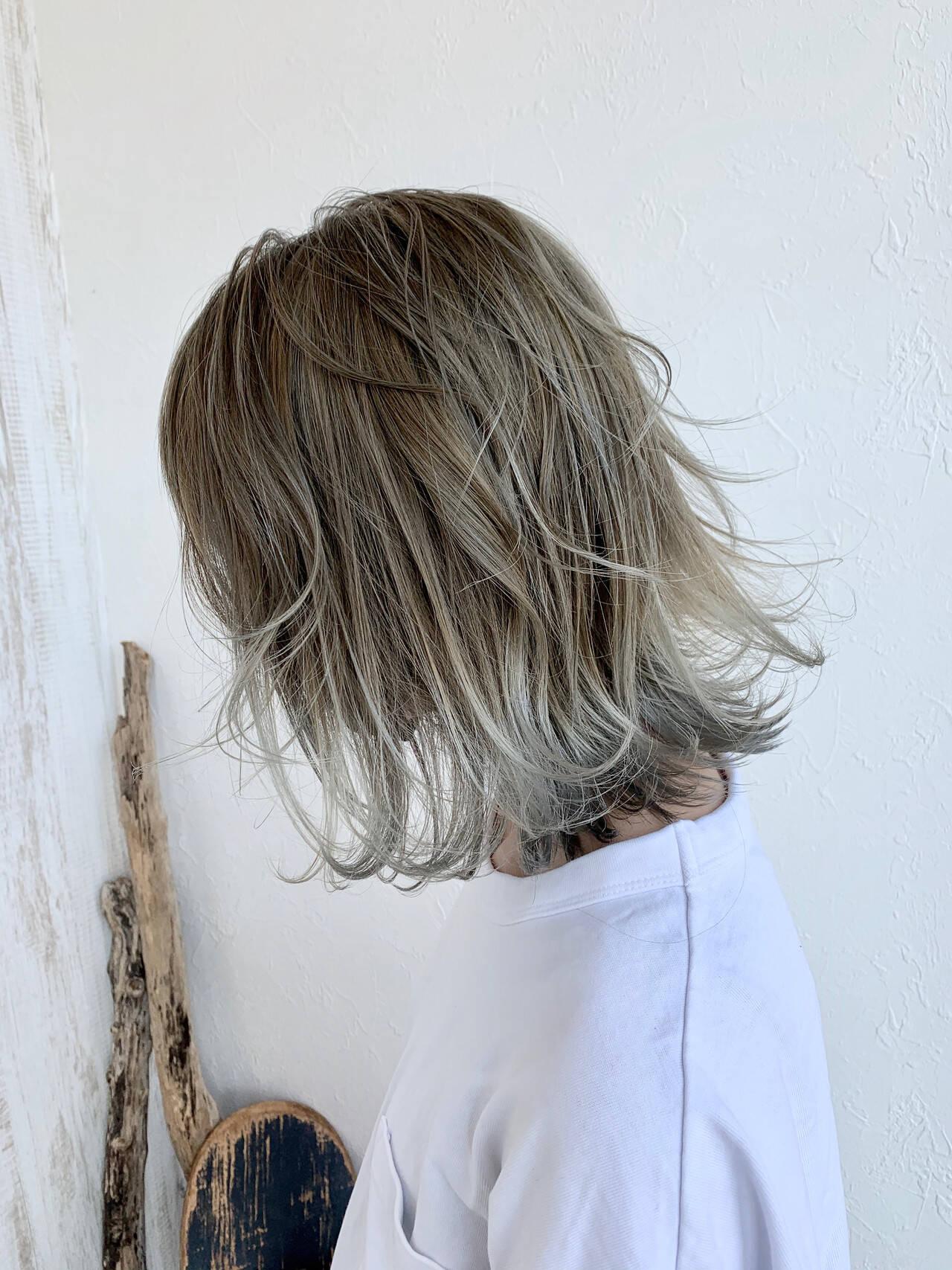 グラデーションカラー ハイトーンカラー バレイヤージュ ストリートヘアスタイルや髪型の写真・画像