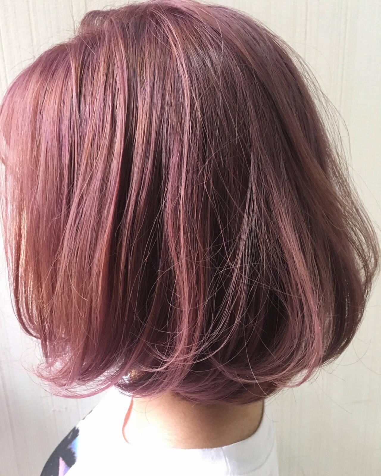 ピンク オレンジベージュ ガーリー ボブヘアスタイルや髪型の写真・画像