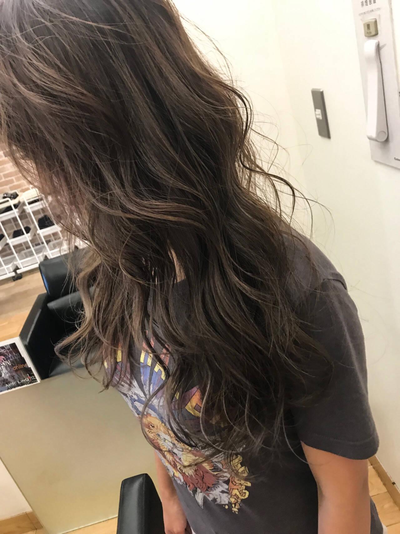 ロング ハイライト エフォートレス 大人かわいいヘアスタイルや髪型の写真・画像