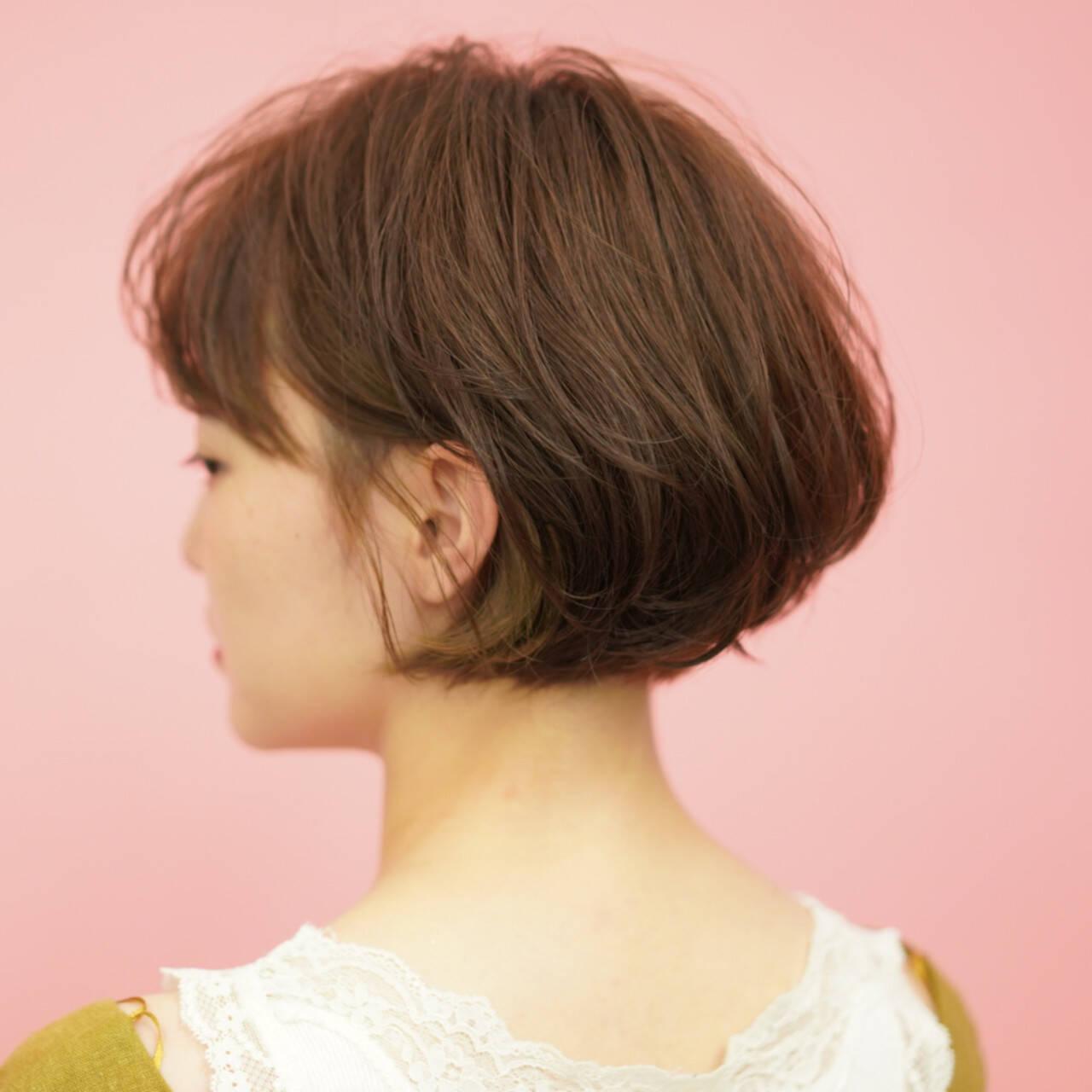 ショートボブ ナチュラル ショートヘア ミニボブヘアスタイルや髪型の写真・画像