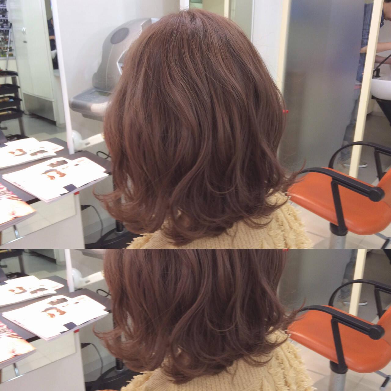 色気 ピンク ミディアム ピンクアッシュヘアスタイルや髪型の写真・画像