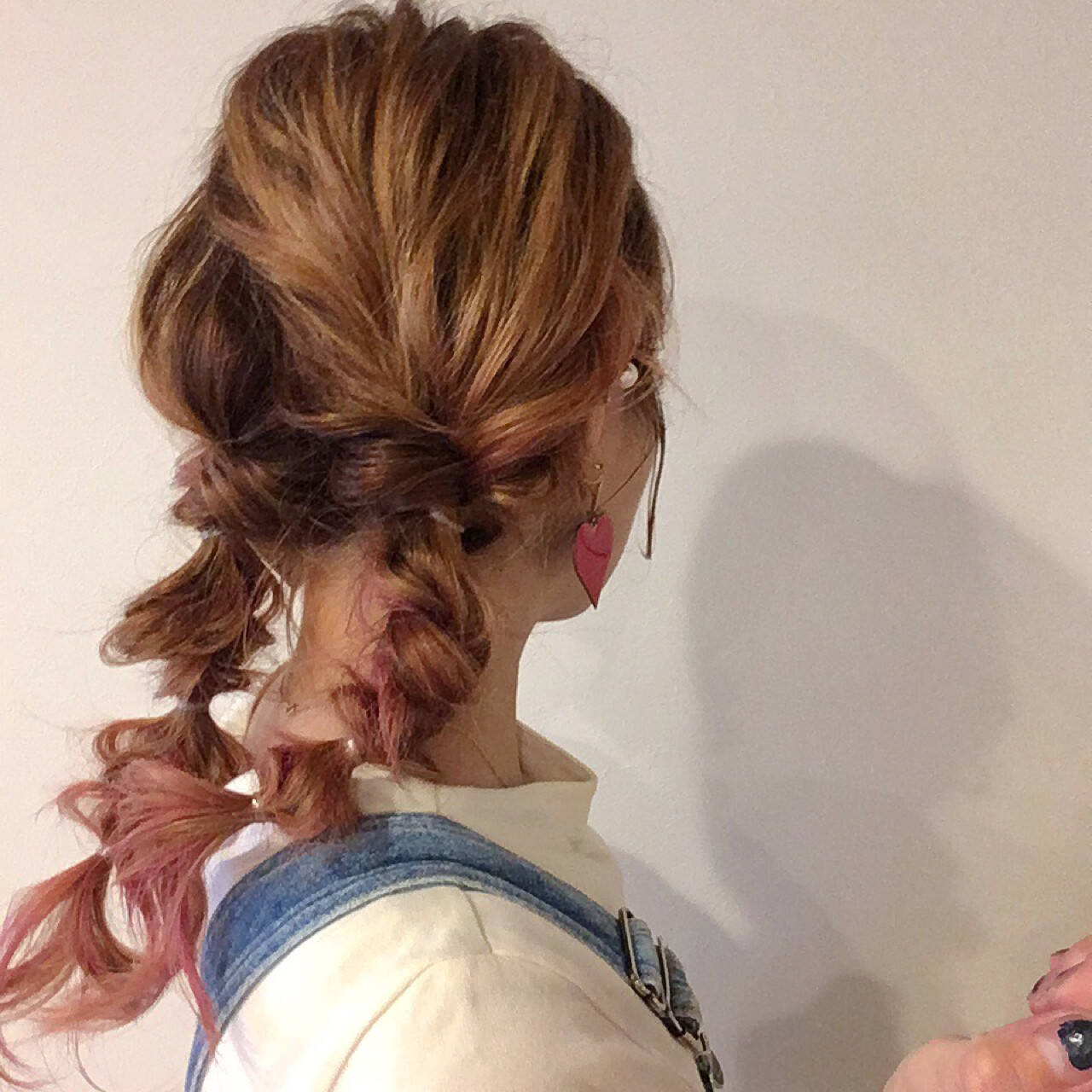 セミロング ヘアアレンジ ストリート 簡単ヘアアレンジヘアスタイルや髪型の写真・画像