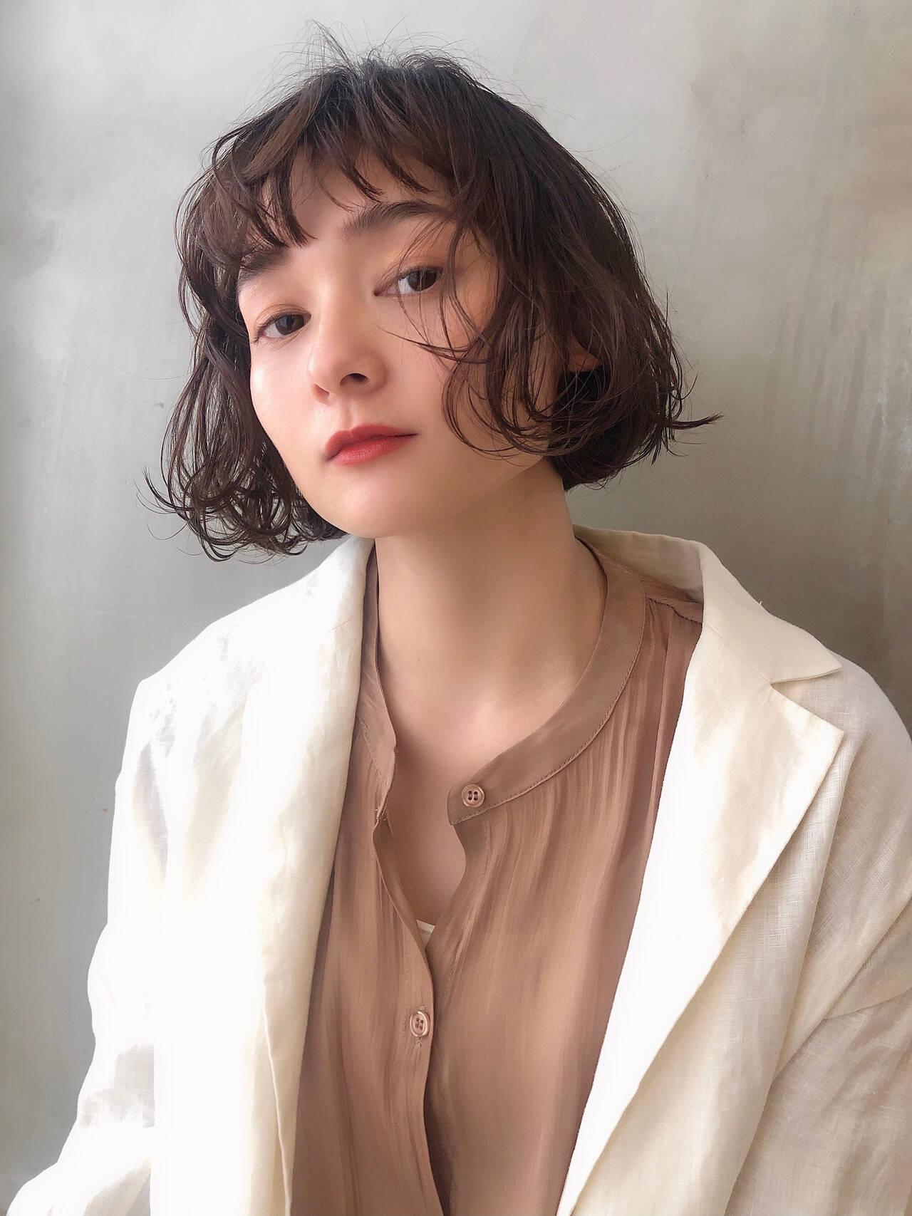 くせ毛風 ナチュラル 暗髪 無造作パーマヘアスタイルや髪型の写真・画像