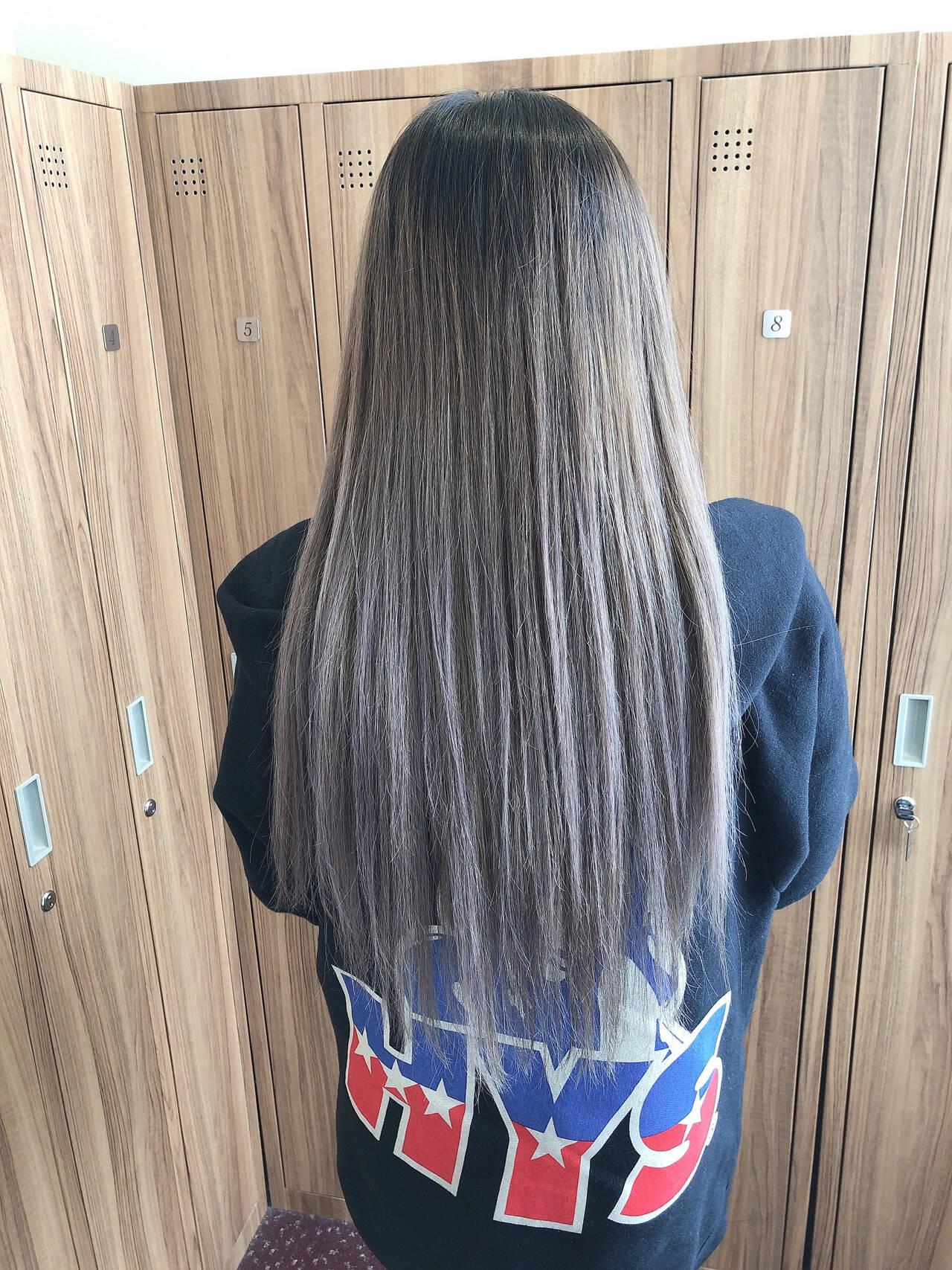 デザインカラー フェミニン イルミナカラー グラデーションカラーヘアスタイルや髪型の写真・画像