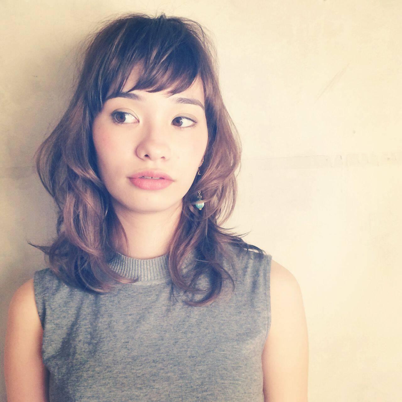 ゆるふわ ガーリー ミディアム 秋ヘアスタイルや髪型の写真・画像