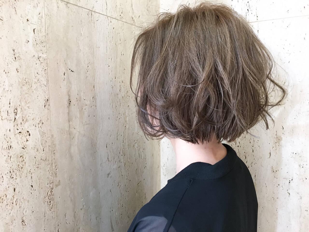 ボブ 大人かわいい 外国人風 ハイライトヘアスタイルや髪型の写真・画像