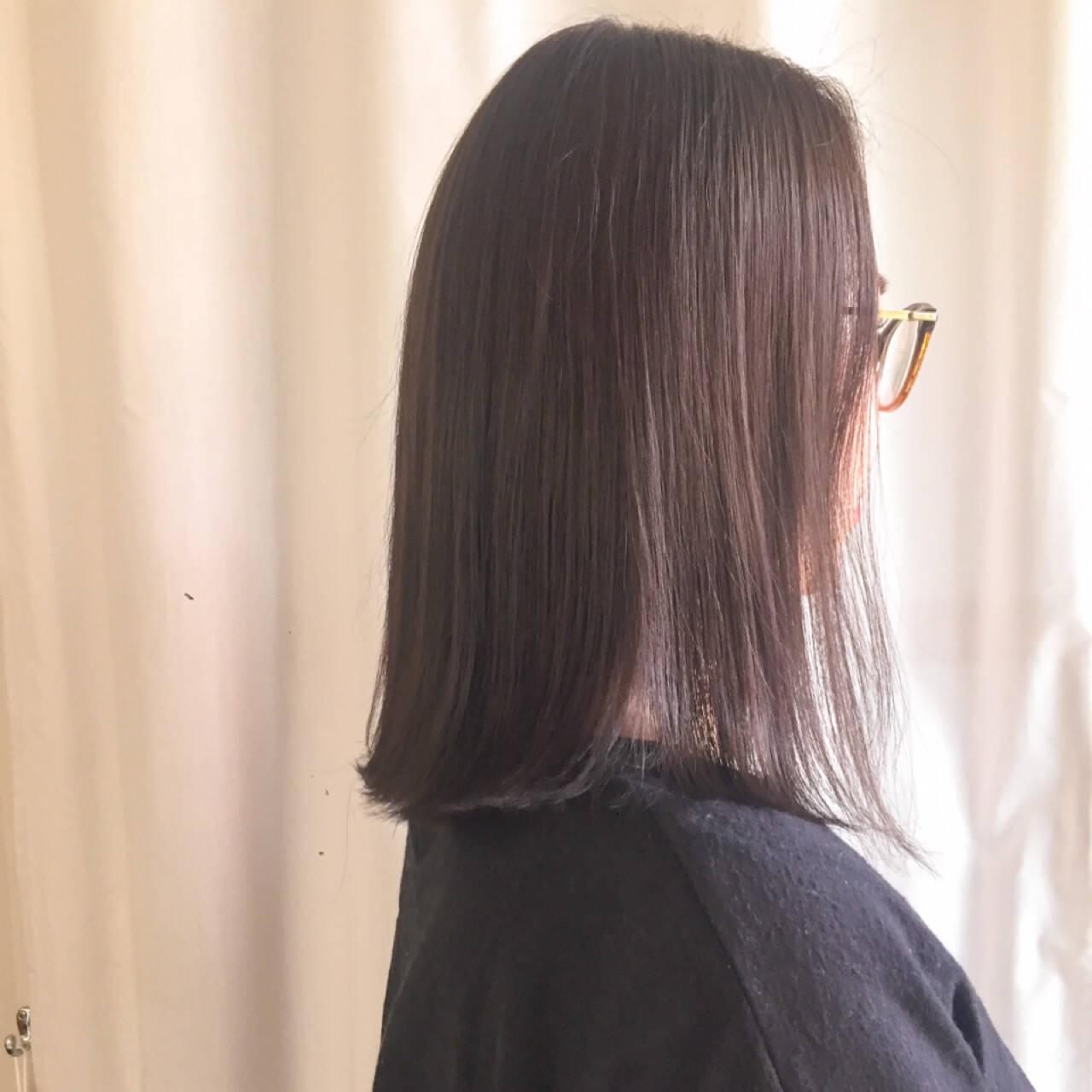 アッシュベージュ ロブ ナチュラル ミディアムヘアスタイルや髪型の写真・画像