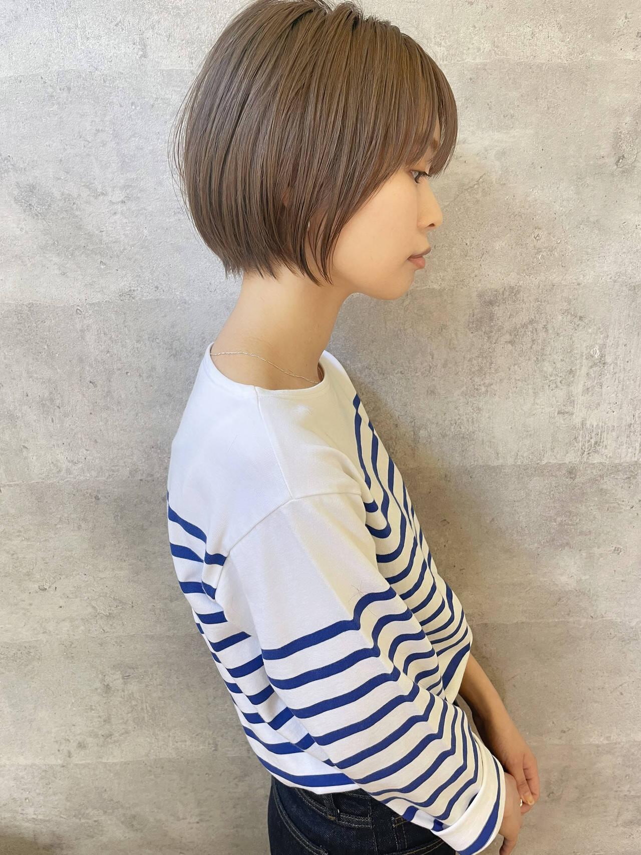 ショートヘア ナチュラル ショート アンニュイほつれヘアヘアスタイルや髪型の写真・画像
