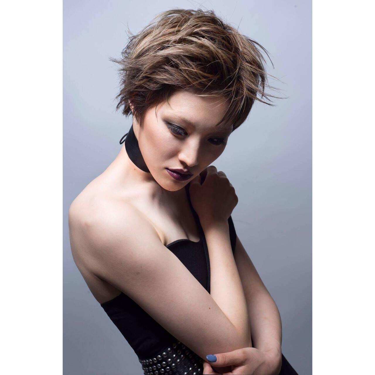 ショート アッシュ モード ベリーショートヘアスタイルや髪型の写真・画像