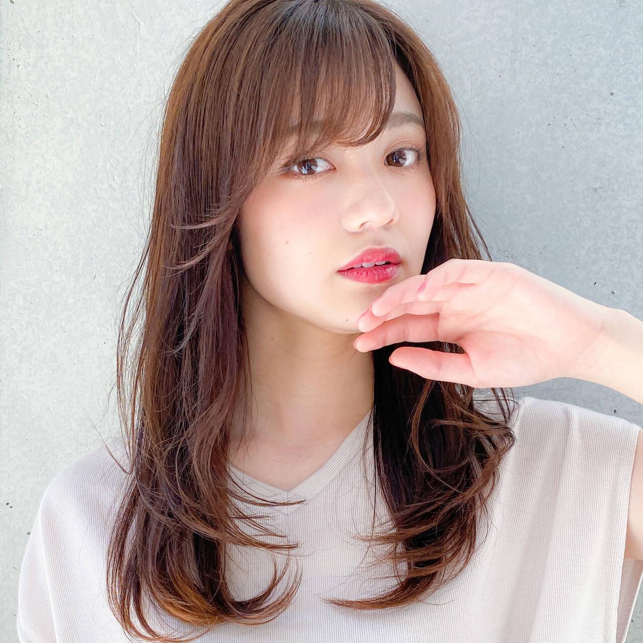 レイヤー 小顔 レイヤーカット デジタルパーマヘアスタイルや髪型の写真・画像