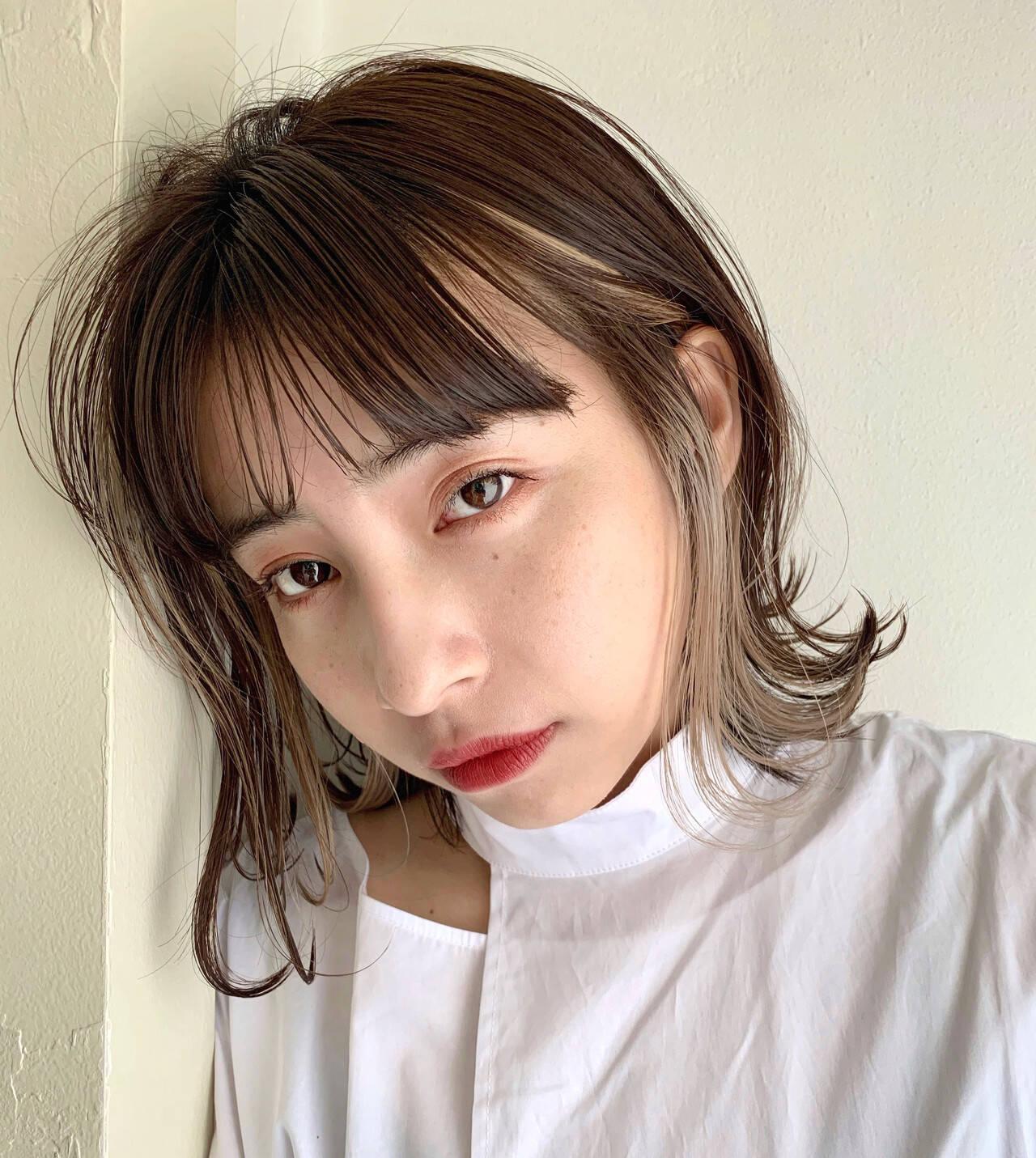 韓国風ヘアー ブリーチカラー ナチュラル ミディアムヘアスタイルや髪型の写真・画像