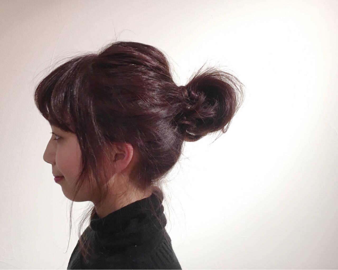ナチュラル ピンク 簡単ヘアアレンジ お団子ヘアスタイルや髪型の写真・画像