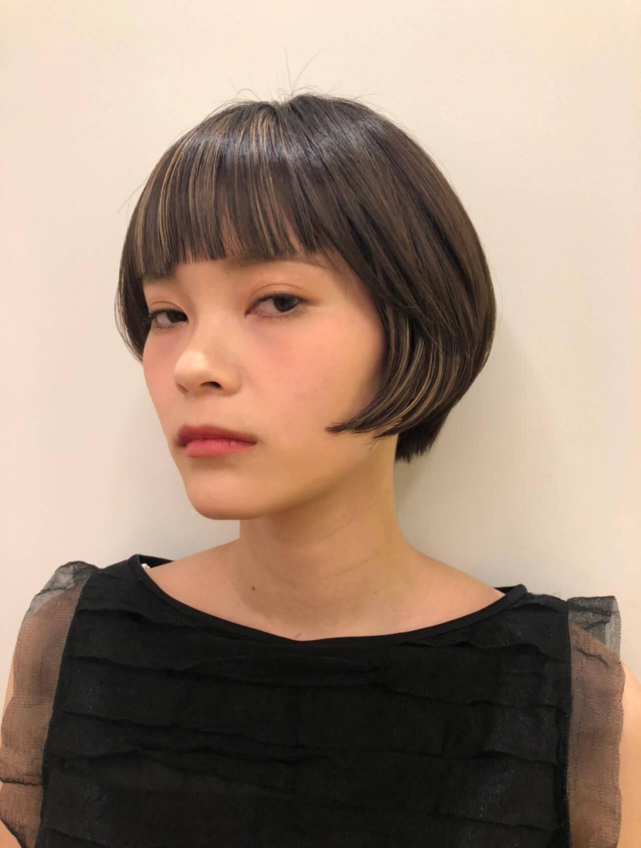 モード ショートボブ ショートヘア インナーカラーヘアスタイルや髪型の写真・画像