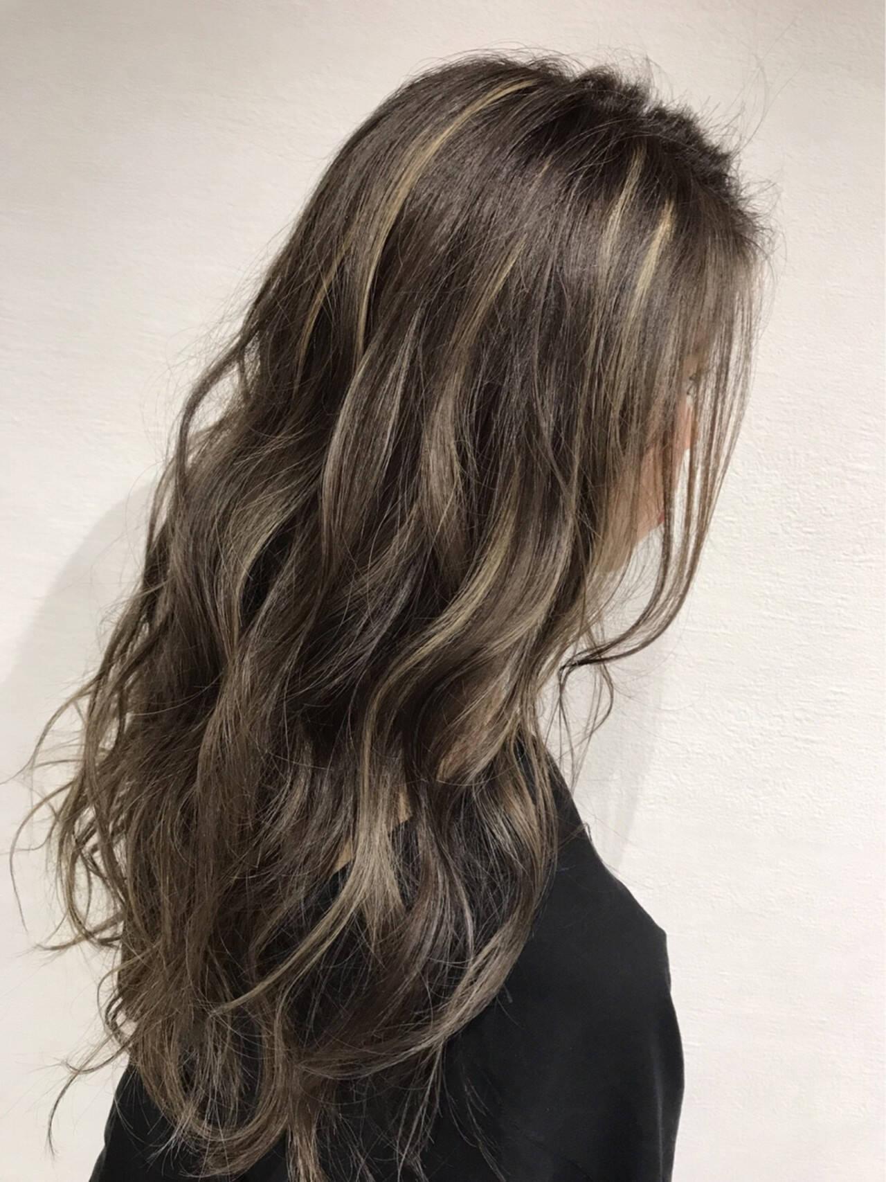 ハイライト グラデーションカラー 秋 透明感ヘアスタイルや髪型の写真・画像