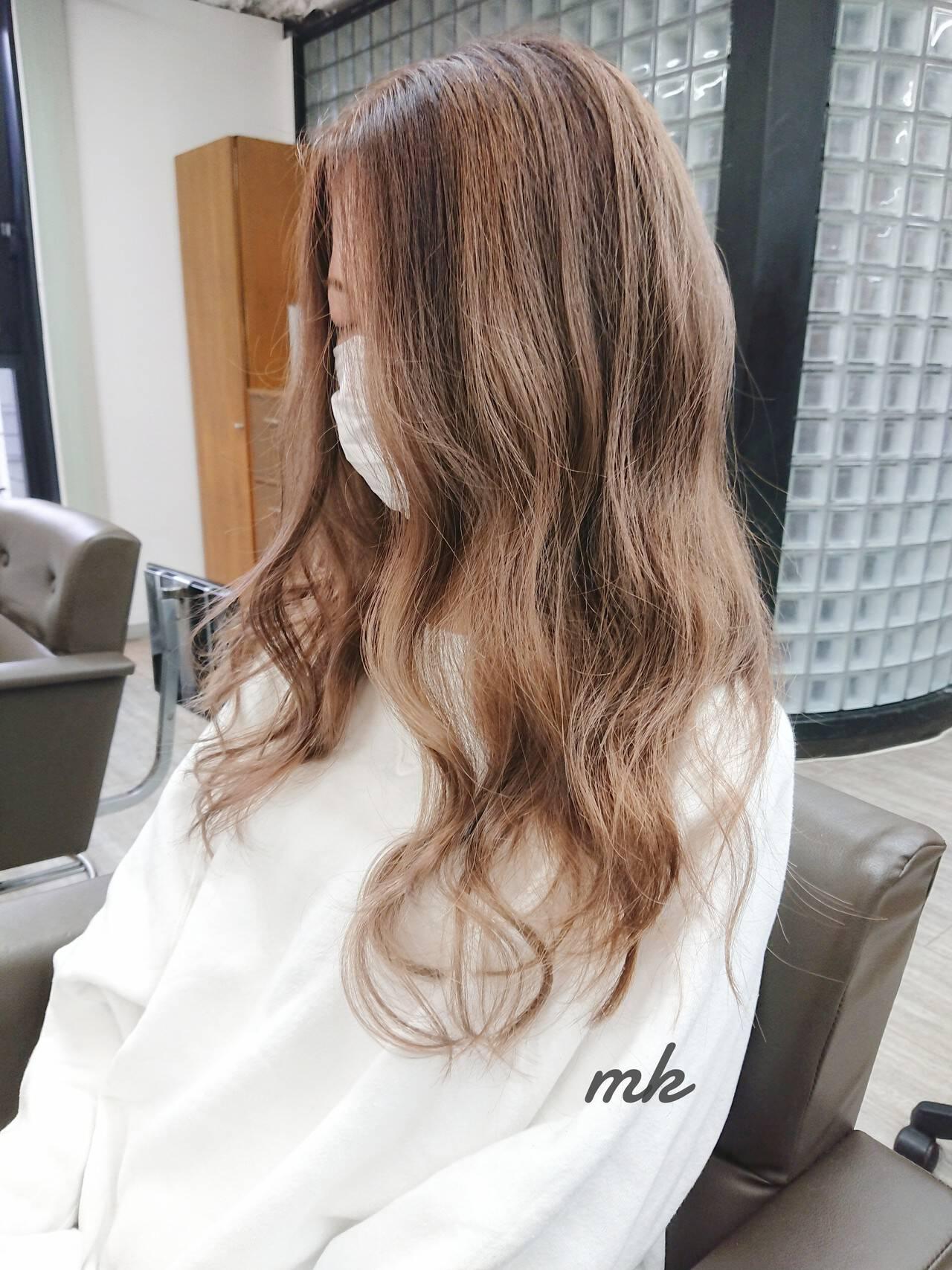 ダブルカラー ストリート ロング ブリーチカラーヘアスタイルや髪型の写真・画像