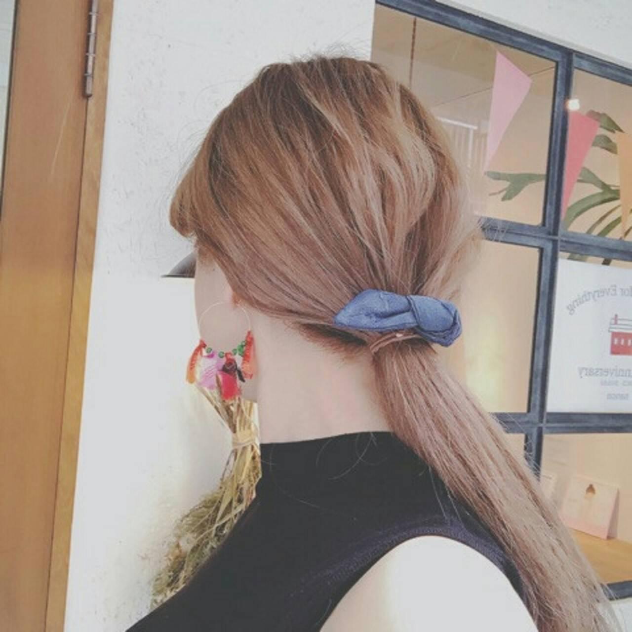 ポニーテール 外国人風 秋 ロングヘアスタイルや髪型の写真・画像
