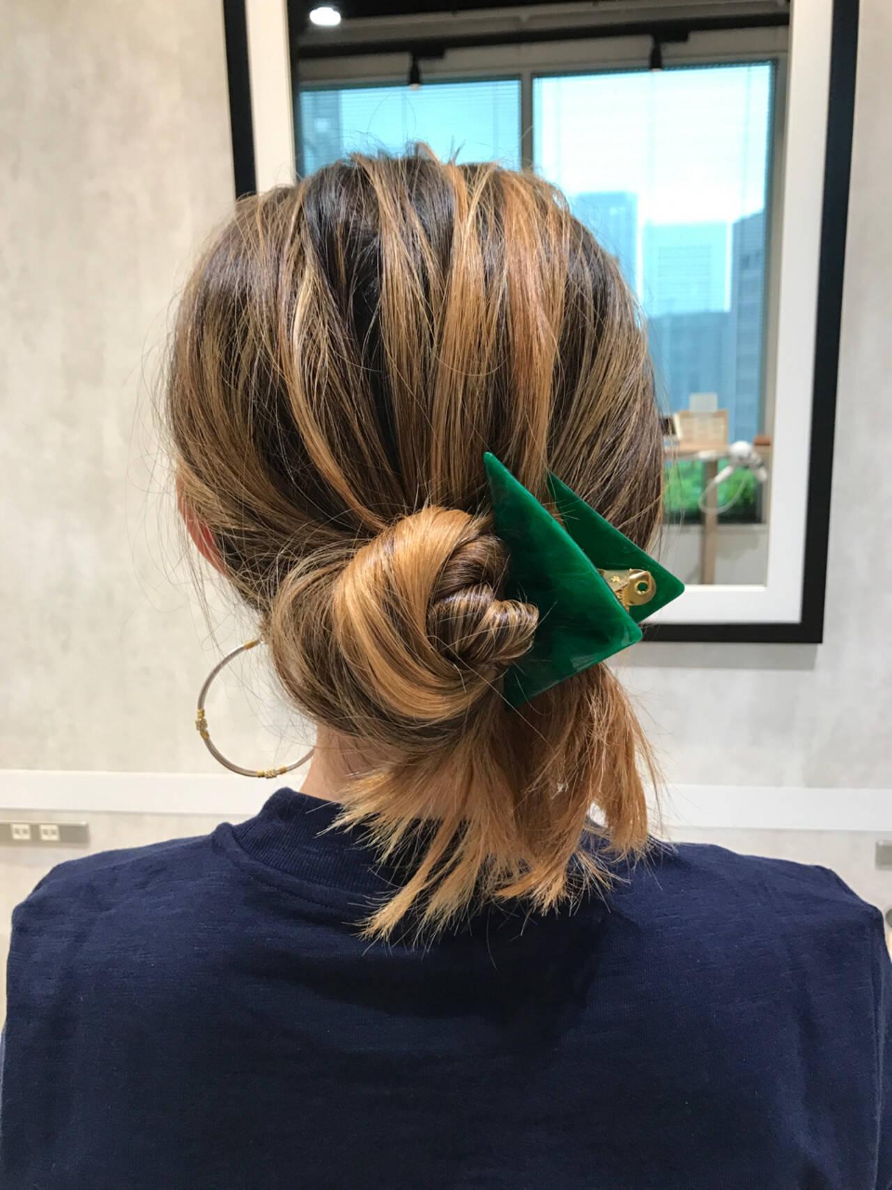 ヘアクリップ ロング ナチュラル ヘアアレンジヘアスタイルや髪型の写真・画像