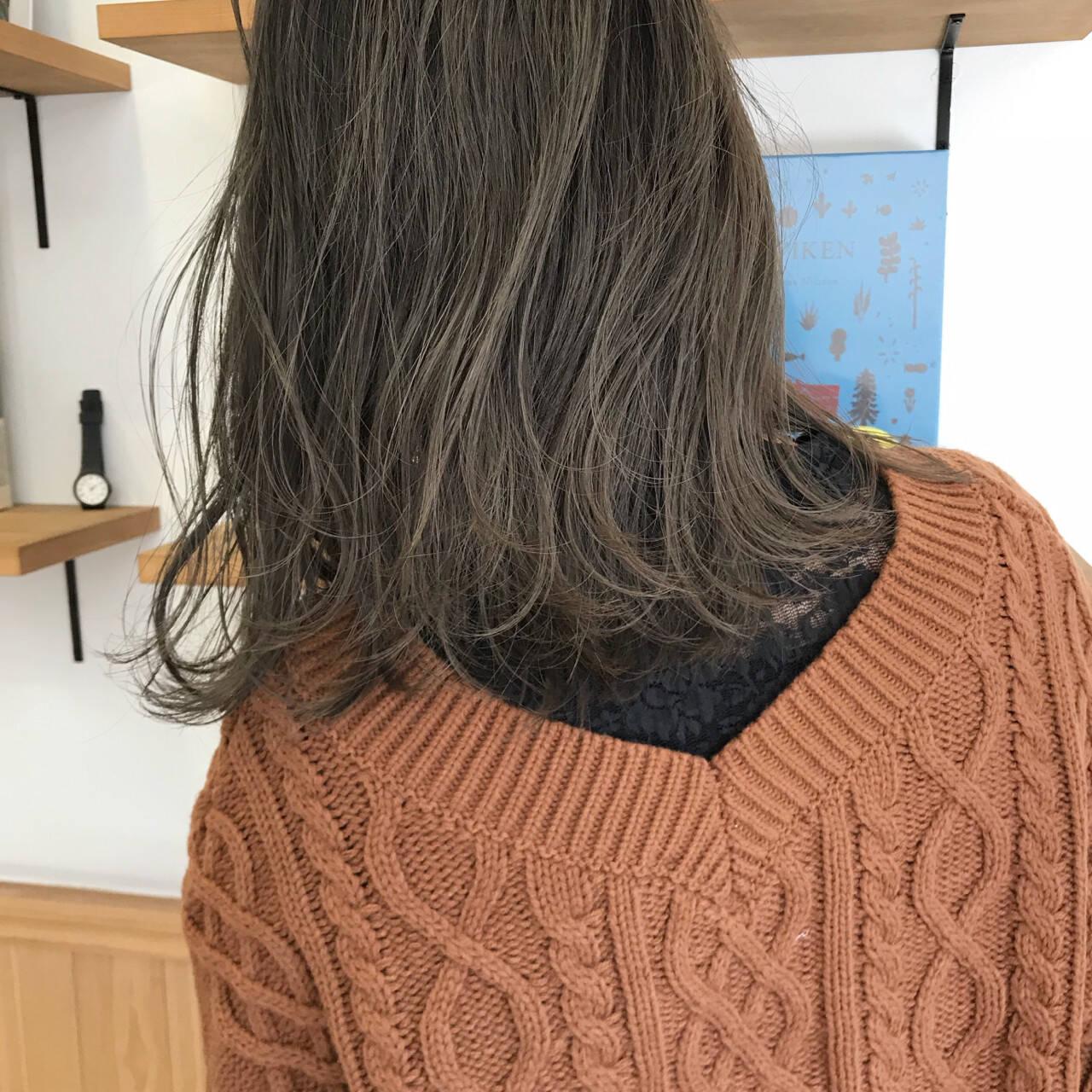 アンニュイ ゆるふわ ハイライト ロブヘアスタイルや髪型の写真・画像