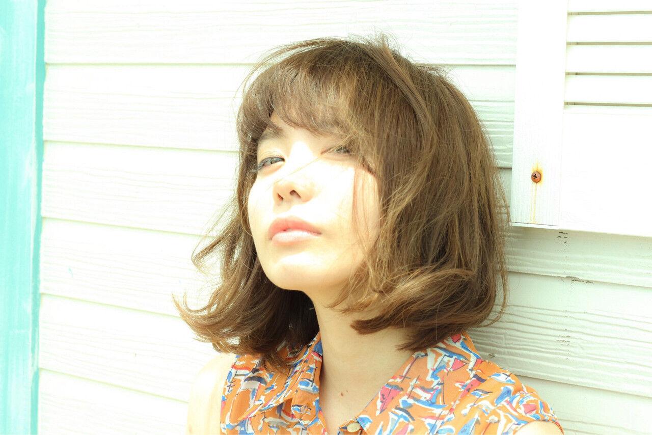 おフェロ ミディアム アッシュ 大人かわいいヘアスタイルや髪型の写真・画像