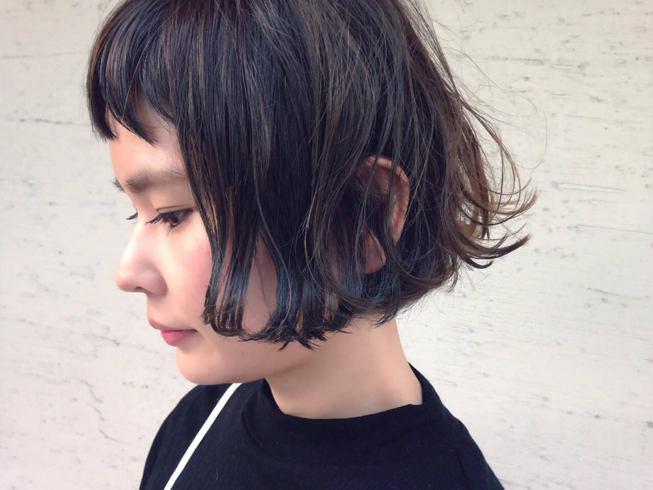 色気 暗髪 ナチュラル 外国人風ヘアスタイルや髪型の写真・画像