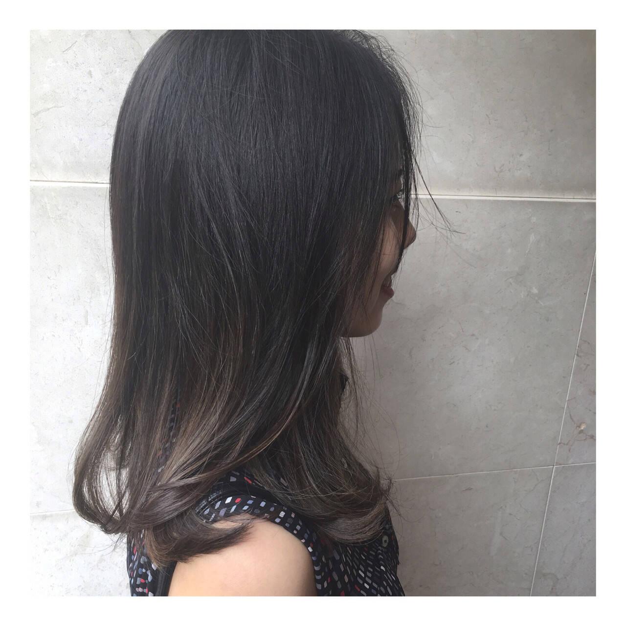 ナチュラル ハイライト セミロング 外国人風カラーヘアスタイルや髪型の写真・画像