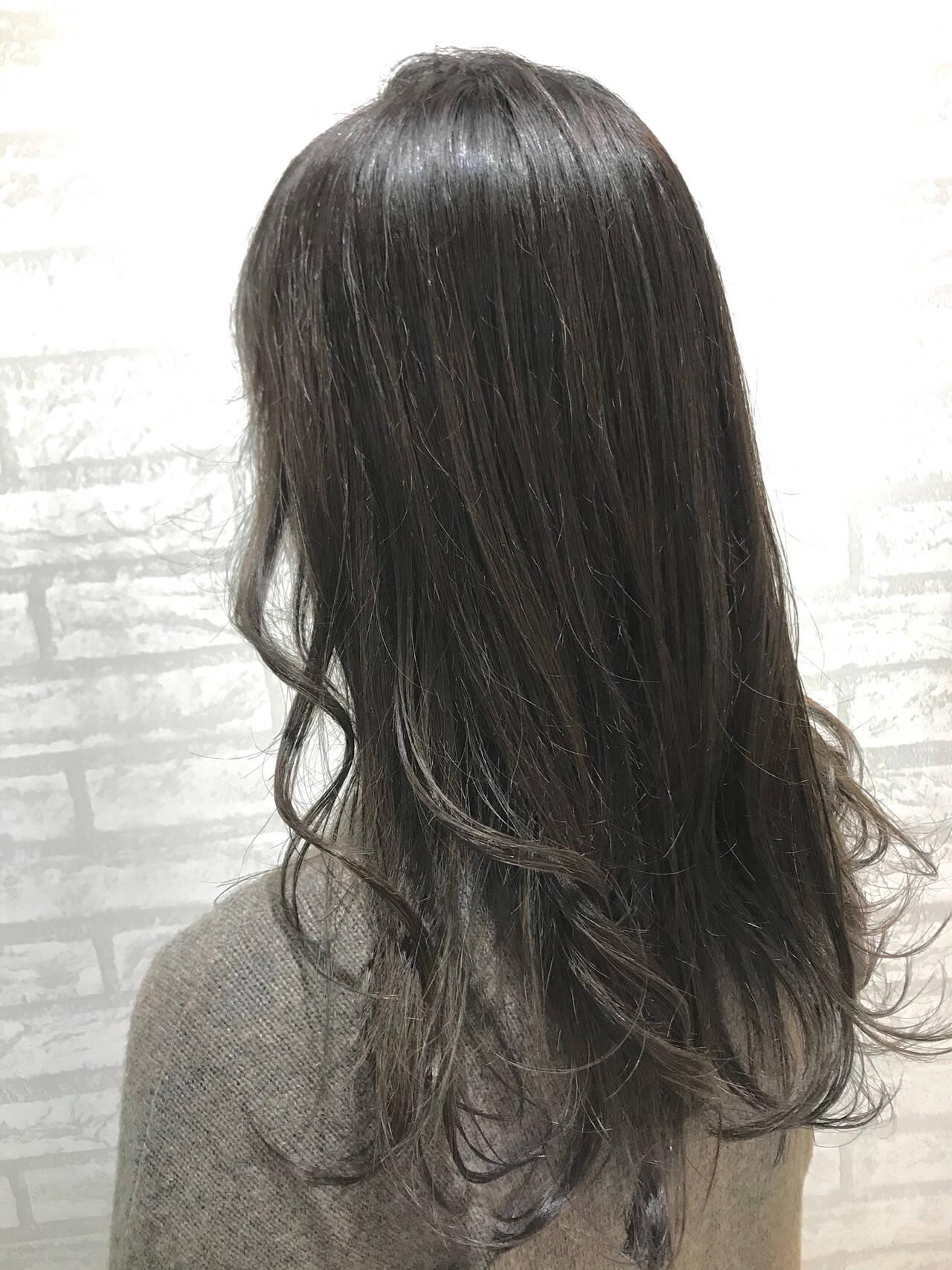 タンバルモリ イルミナカラー フェミニン 外国人風ヘアスタイルや髪型の写真・画像