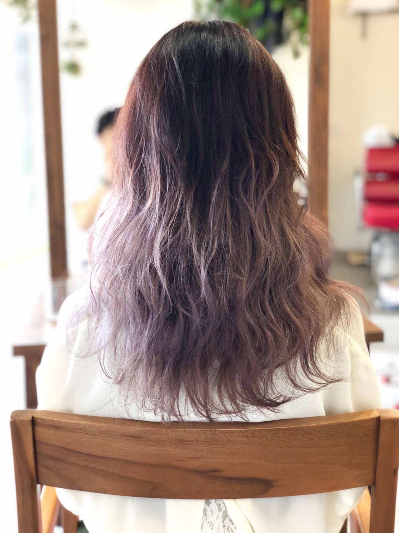 ラベンダー ハイトーン ダブルカラー セミロングヘアスタイルや髪型の写真・画像