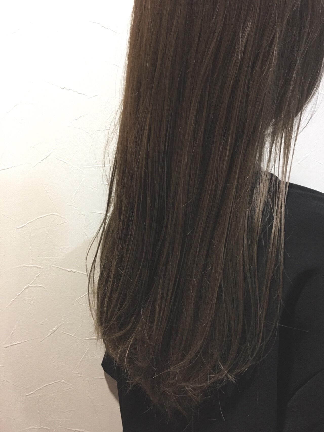 外国人風カラー ハイライト アッシュ グレージュヘアスタイルや髪型の写真・画像