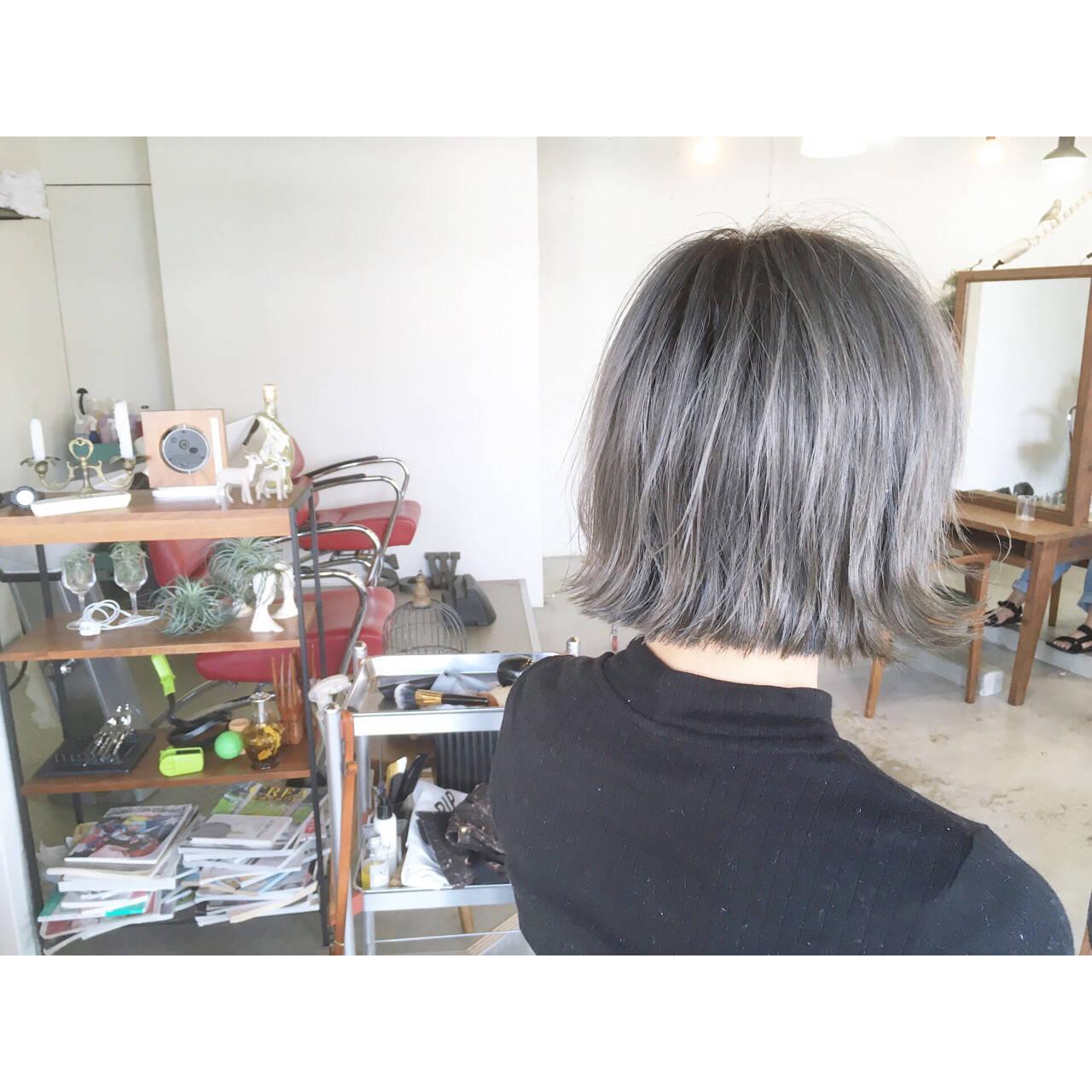 リラックス ボブ 切りっぱなし ショートヘアスタイルや髪型の写真・画像
