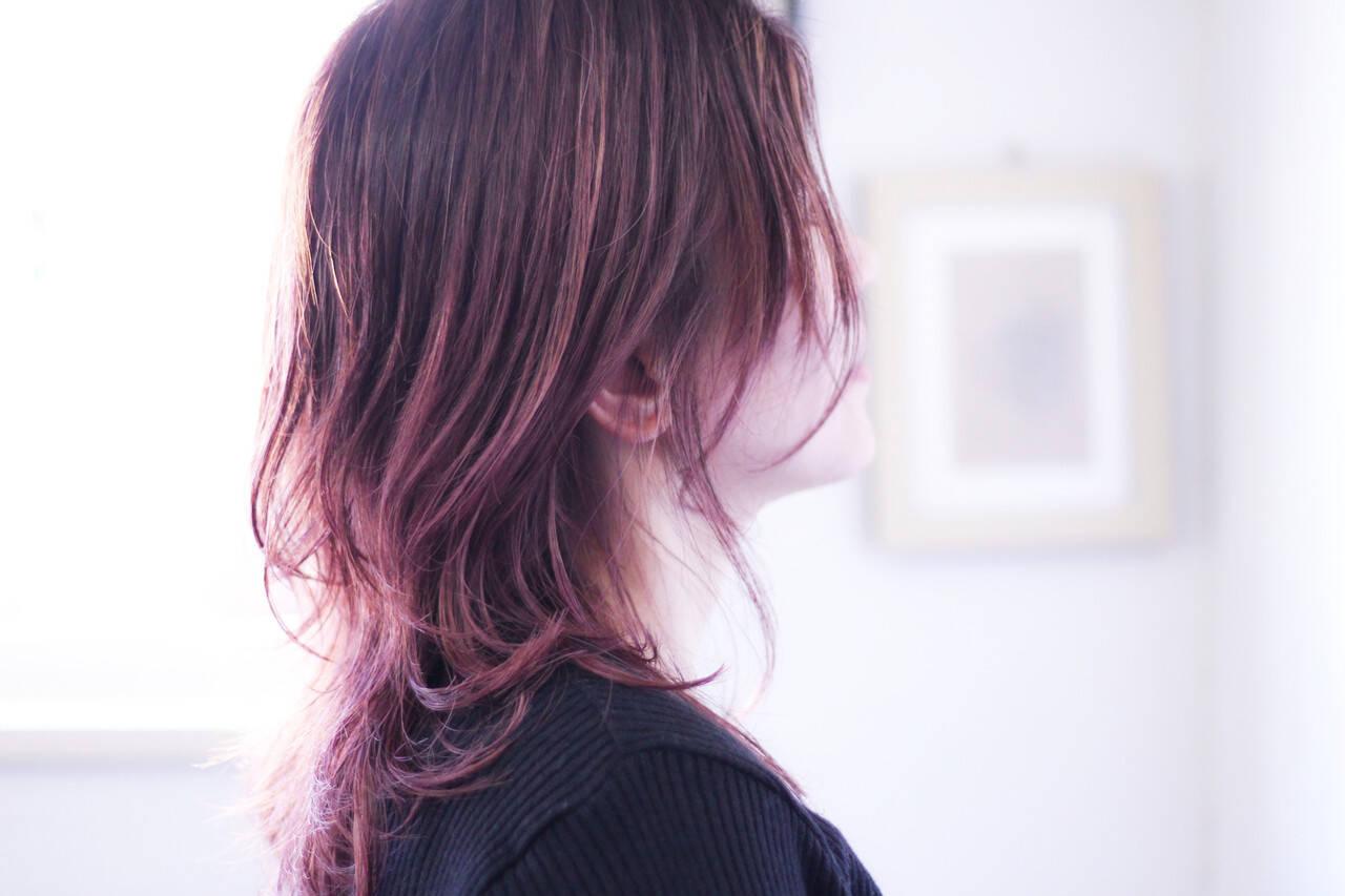 ラベンダーピンク セミロング ナチュラル ピンクアッシュヘアスタイルや髪型の写真・画像