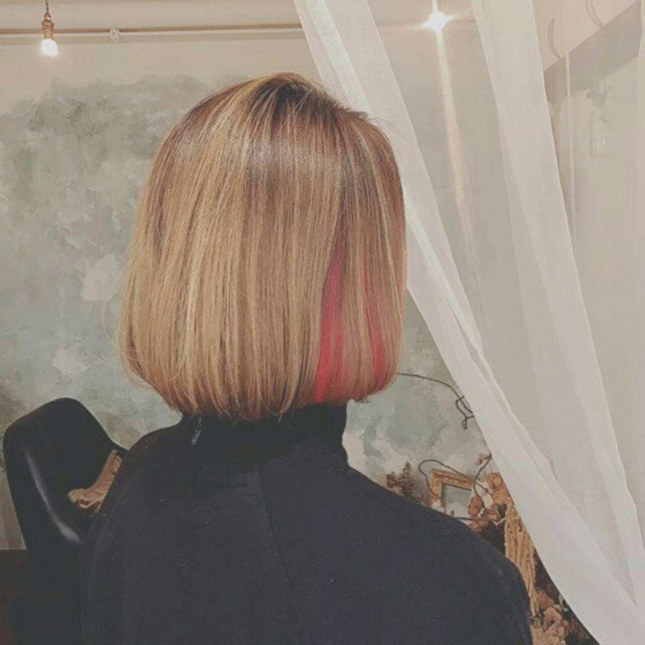 春 ハイライト インナーカラー ミディアムヘアスタイルや髪型の写真・画像