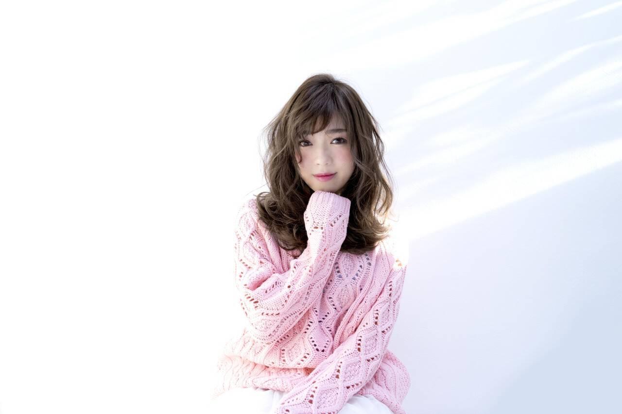フェミニン 小顔 外国人風 大人女子ヘアスタイルや髪型の写真・画像