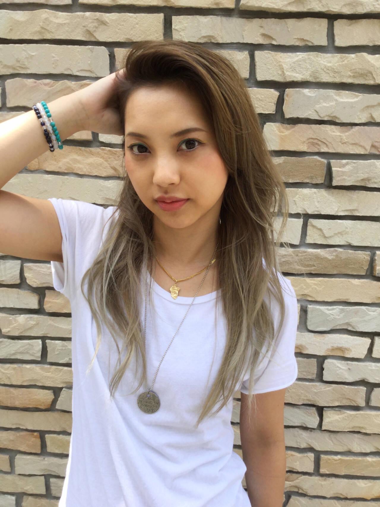 外国人風 グラデーションカラー ロング ストリートヘアスタイルや髪型の写真・画像