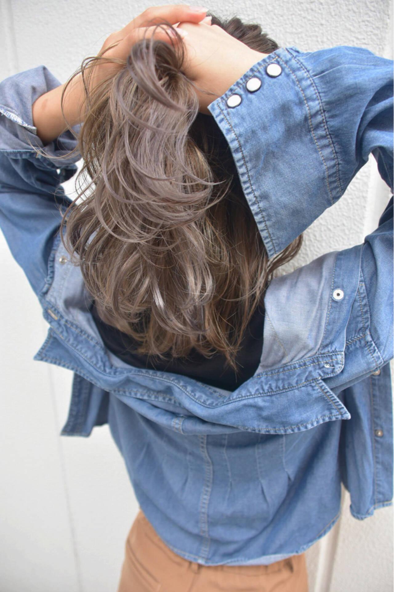 ハイライト ブルージュ 外国人風 ストリートヘアスタイルや髪型の写真・画像