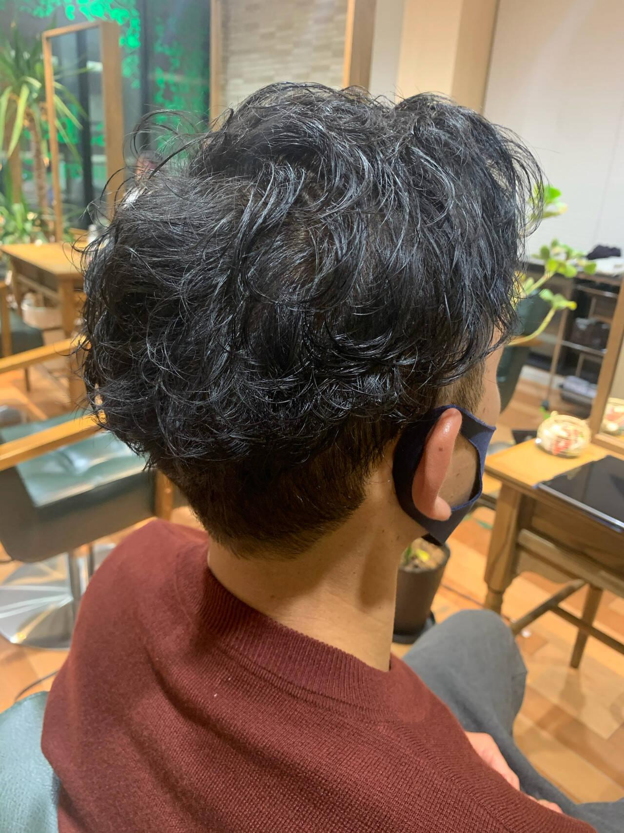 ナチュラル メンズカット ツーブロック 刈り上げヘアスタイルや髪型の写真・画像