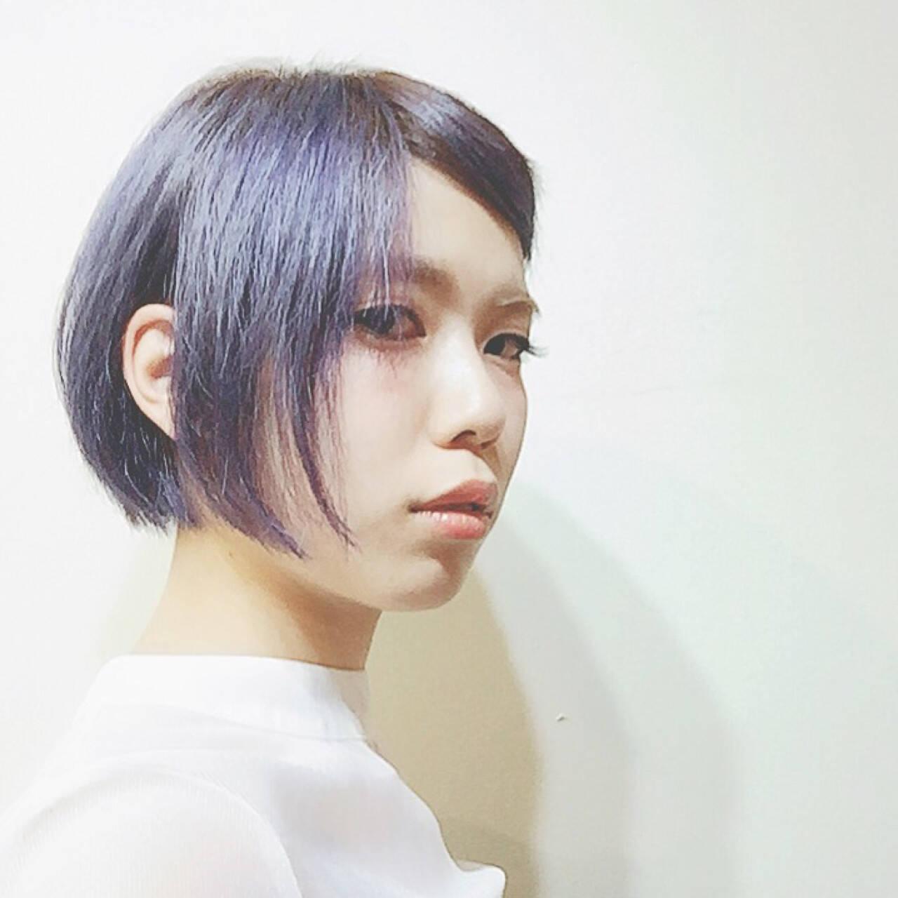 アッシュ 外ハネ 色気 ストリートヘアスタイルや髪型の写真・画像