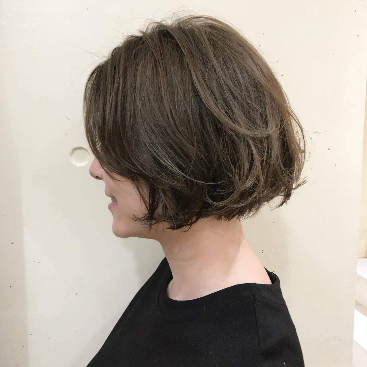 ハイライト アッシュベージュ かっこいい ボブヘアスタイルや髪型の写真・画像